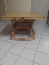 Ancienne table basse carré en rotin,osier et bois