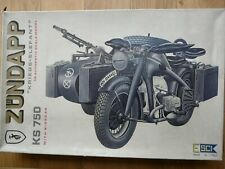 Maquette Zündapp KS-750 with Side-Car Esci 1/9 Ref 7003