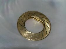 Goldtone Scarf Clip – 1.5 inches Vintage Simple but Elegant Ridged Open Circle
