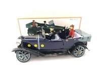 TIN TOY VINTAGE VINTAGE CAR WITH CHAFFEUR   CLOCKWORK COLLECTIBLE TINPLATE 17cm