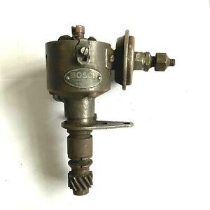 Vintage Bosch VJU 6 AL5 (0 231 114 001) 6 cylinder Distributor Replaces Lucas MG