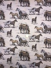 Baumwolle Stoff Pferde Pony Fohlen Herde Weide Koppel Meterware Deko Stoffe