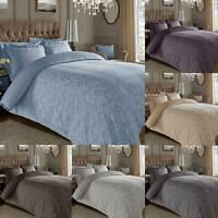 Floral 600 Thread Count Duvet Cover Jacquard Cotton Rich with Oxford Pillowcases