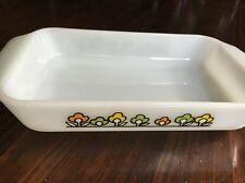 FIRE KING Anchor Hocking Milk Glass Summerfield UTILITY DISH 1 1/2 QT Flowers