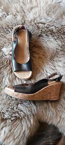 Crocs Size 5 Black Leather Ladies Wedge Sandals