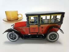 Tin vintage vehicle taxi 8cm height wind up home o office decor free shipping