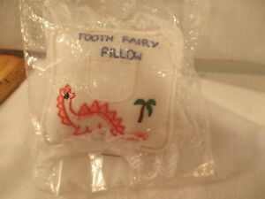 VINTAGE LACE TRIM HAND MADE & EMBROIDERED PINK DINOSAUR TOOTH FAIRY PILLOW NOS