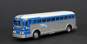 MTH RAIL KING #30-50017 GREYHOUND DIE-CAST BUS - FOR O GAUGE