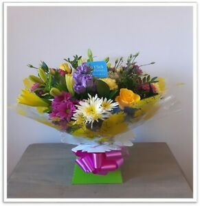 FRESH FLOWERS Delivered UK Bright and Cheerful Free Flower Delivery