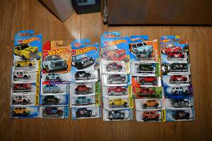 Hot Wheels Morris Mini Cooper Countryman Austin Mini Van Multi listing * UPDATED
