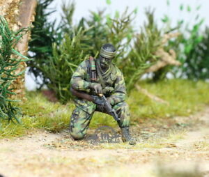 US Marine Recon soldier Vietnam war 1:35 Pro Built Model #1
