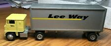 Winross White 7000 Lee Way Tractor/Double  Trailers 1/64
