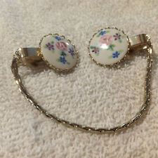 Sweater Shawl Scarf Clip Guard Round with Chain  Vintage Goldtone Wild Flowers