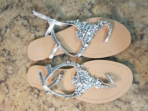 David's Bridal Size 10 Crystal Flat Sandals NWOT Bridesmaids Shoes Silver