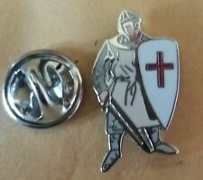 NEW England St George Knight In Armour Small Pin Badge FIRST CRUSADERS BRITAIN