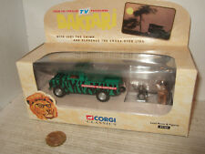 Corgi 07104 Daktari Land Rover with Clarence Lion & Judy Figures in 1:43 Scale.