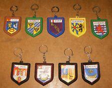 9 anciens porte clés - marques IMPERIAL & VITA SOUBRY - thème Pays & Régions