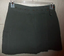 WOMENS FASHION BUG OLIVE DRAB GREEN CARGO SKORT  SIZE 8