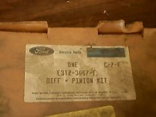 FORD DIFF & PIRION KIT, # E3TZ-3067-F  (New Unopened )
