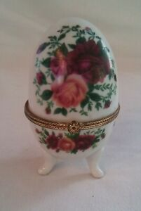 Porcelain Footed Egg Trinket Box with Hinged Lid with Large Floral Pattern