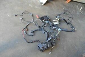 2006 VOLVO XC70 MOTOR ENGINE FUSE BOX WIRING HARNESS 2.5L TURBO 30723132