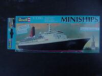 Revell Modellbausatz  im Karton Miniship-Queen Elisabeth 2 ( 1:1200 Scale) ovp.