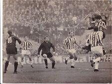 Calcio-Football Foto Azione Milan-Juventus 1963, con Rivera