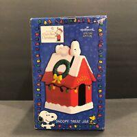 Hallmark Peanuts Special Edition Christmas Snoopy Cookie Treat Jar Doghouse Box