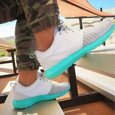 NIKE ROSHE NM FLYKNIT PREMIUM PRM Trainers Gym Fashion - UK 9 (EUR 44) Platinum