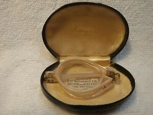 """RARE FOLD-UP """"RAYNER"""" ENGLISH READING GLASSES IN THEIR LEATHER CASE"""