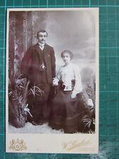 VICTORIAN CABINET/CDV PHOTO ~ COUPLE MAN & WOMAN GENTLEMAN LADY ~ GARLICK