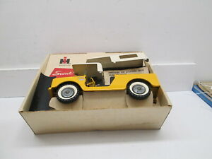 INTERNATIONAL TRU SCALE YELLOW SCOUT, NIB WITH INSIDE DIVIDER