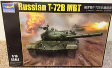 Trumpeter 1/16 Russian T-72B Main Battle Tank