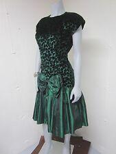 Vintage 80's Emerald Green Velvet Taffeta Drop Waist Theatre Costume Party Dress