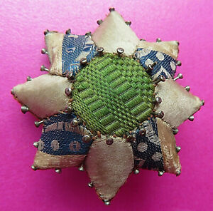 ANTIQUE EARLY 19TH C SILK PATCHWORK STAR SEWING PIN CUSHION