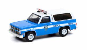 GREENLIGHT 1:64 NEW YORK CITY POLICE DEPT (NYPD) 1985 CHEVY K5 BLAZER [PRESALE]