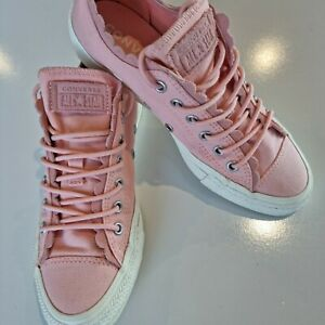 Converse Women's Shoes Pink size 7