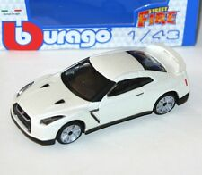 Burago - NISSAN GT-R (Pearlescent White) 2009 - 'Street Fire' Model Scale 1:43)