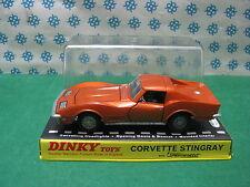 CORVETTE STINGRAY - Dinky Toys 221 - Menthe en boîte