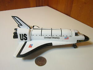 """Nasa Space Shuttle Endeavour 8"""" Model Diecast Metal Opening Canopy 1:32 Pullback"""