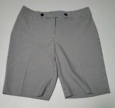 Izod Nautical Pin Stripe Golf Shorts sz 10 Womens