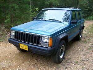 1986 AMC Jeep Cherokee NO RUST! Runs Great 86 w/paperwork Salvage Parts Car