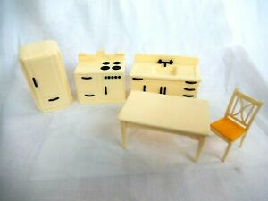 Renwal Vintage Kitchen Dollhouse Furniture Ideal Plastic 1:16 Appliances Table