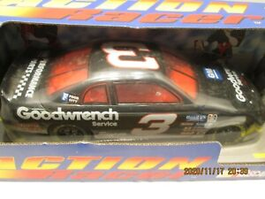 DALE EARNHARDT 1996 GM GOODWRENCH 1/18 ACTION CRASH CAR W/ OVER THE WALL CREW
