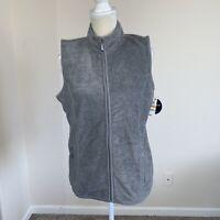 Karen Scott Sport Womems Gray zip up fleece vest, size Small N179,180