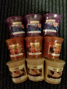 Wickford & Co CHRISTMAS VOTIVE CANDLES X 9 ASSORTED SCENTED
