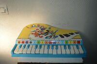 ANCIEN JOUET INSTRUMENT DE MUSIQUE PIANO A QUEU  BONTEMPI DISNEY  VINTAGE 1970