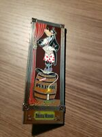Disney DLR WDW Haunted Mansion Stretching Portraits Pin Dinamite Goofy 2009