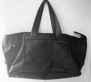 Briggs & Riley Large Travel Tote/Duffle Bag Black 256-4 Serial 106006673