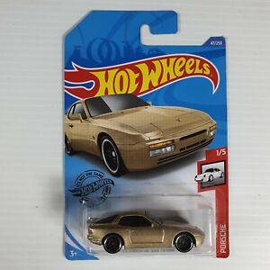 Hot wheels '89 Porsche 944 Turbo Car in gold 1/5 FNQHotwheels FH184